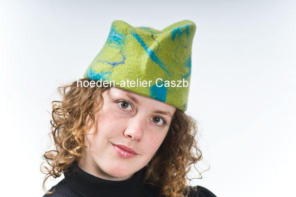 hoeden atelier caszb Clara Boschma hoed12  foto Iwan Szomoru