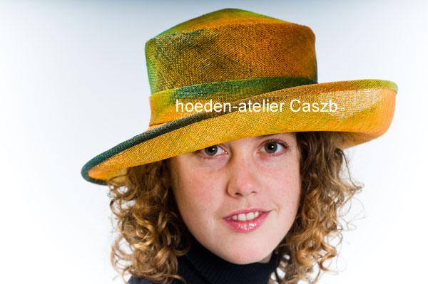 hoeden atelier caszb Clara Boschma hoed14  foto Iwan Szomoru