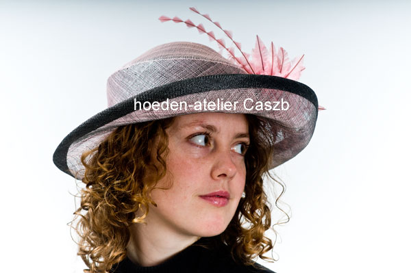hoeden atelier caszb Clara Boschma hoed15  foto Iwan Szomoru