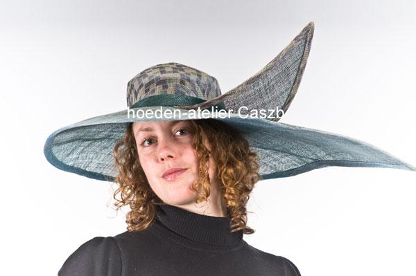 hoeden atelier caszb Clara Boschma hoed21  foto Iwan Szomoru