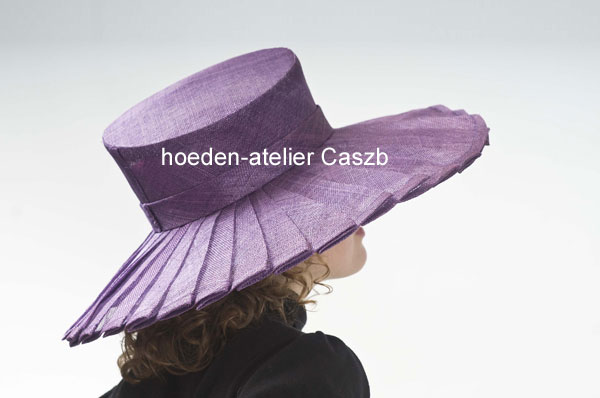 hoeden atelier caszb Clara Boschma hoed20 foto Iwan Szomoru