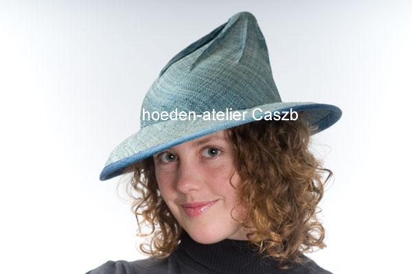 hoeden atelier caszb Clara Boschma hoed10  foto Iwan Szomoru